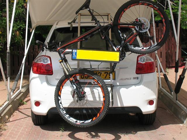 פנטסטי פורום אופניים - טכני - מנשא אחורי לרכב עם ספויילר לאופניים עם בולם QS-49